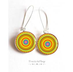 Boucles d'oreilles, Mandala, Solaire, 23 motifs au choix, résine époxy, argentée