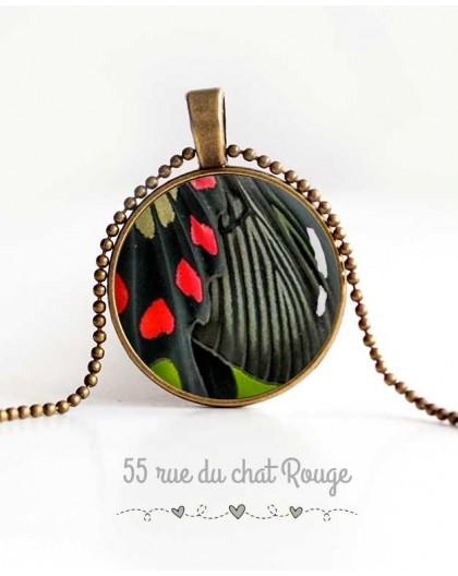 collana pendente cabochon, ala di farfalla,, gioielli nero e rosso della donna