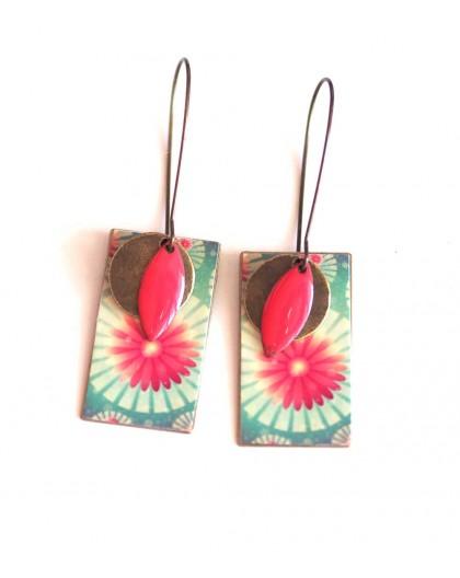 Boucles d'oreilles, pendantes, fantaisie, fleurs turquoise et rose, artisanat