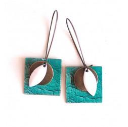 Pendientes, colgantes, suposición, imitación de cuero de color turquesa agrietada, la artesanía