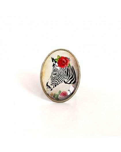 oval Cabochon Ring, Zebra mit roter Rose, Retro-Stil, Bronze