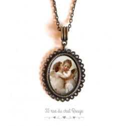 Necklace pendant cabochon angelot, baroque style