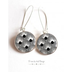 Earrings, Seigaiha black and white, Japan, cabochon epoxy resin