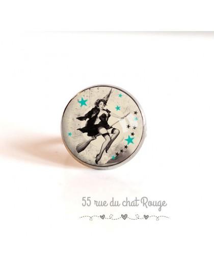 Cabochon ring, silver, Pin-up, year 60's