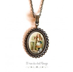 colgante de collar de cabujón de Alicia en el país de las maravillas de bronce de época