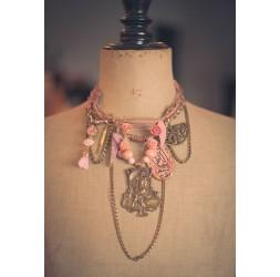 Grandes románticas, eventos, la mujer con el arpa, rosa y bronce